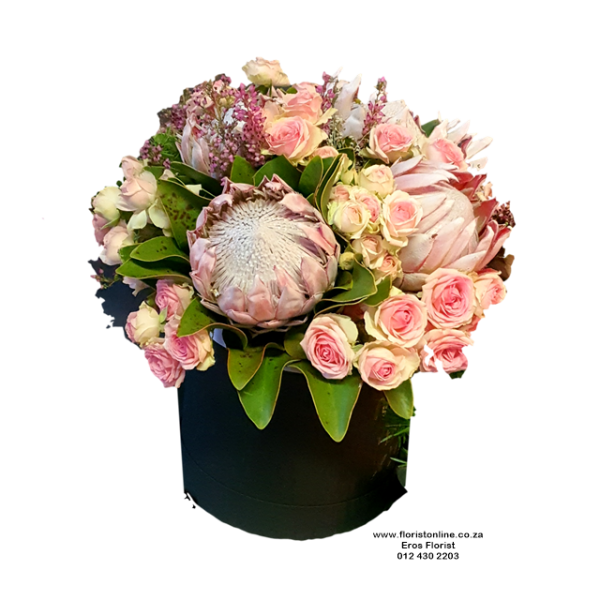 Rose and protea hat box